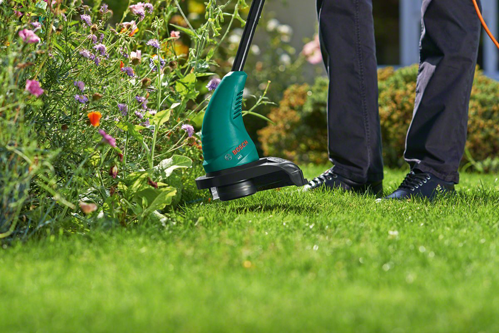 Feature photo 3 of BOSCH ART 23 SL GRASS TRIMMER<br>BOSCH ART 23 SL ម៉ូទ័រកាត់ស្មៅ